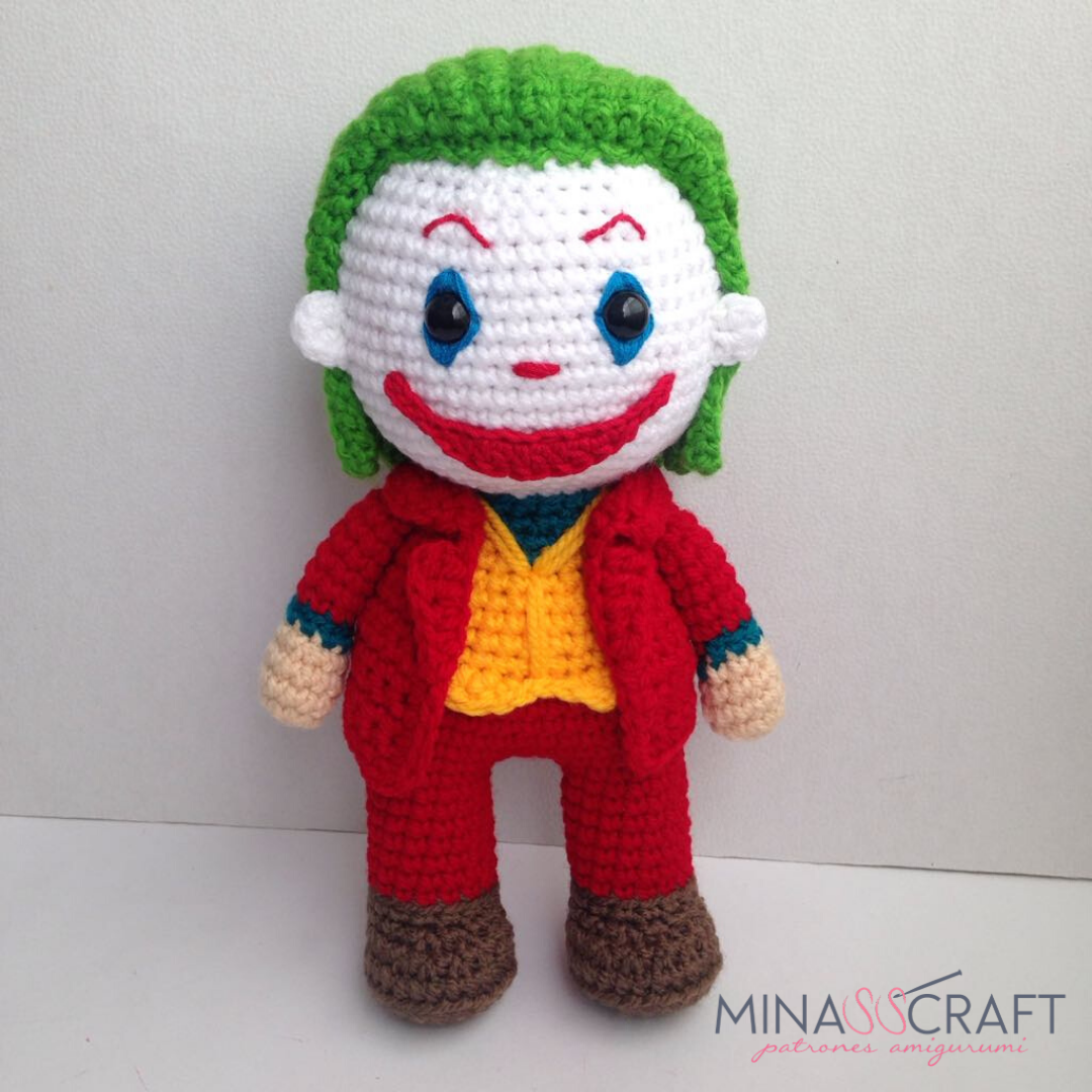 CROCHET PATTERN Heroine Captain Doll // Superhero Crochet Pattern ... | 1080x1080